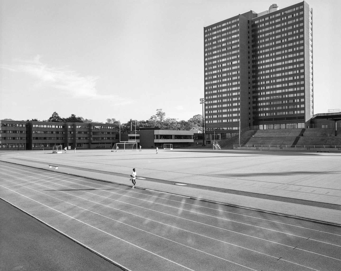 BW88_58_runner_SMU_track-Edit-Edit